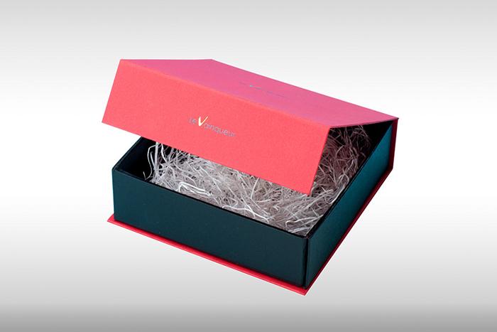 貼り箱と緩衝材の組み合わせ 紙パッキン例